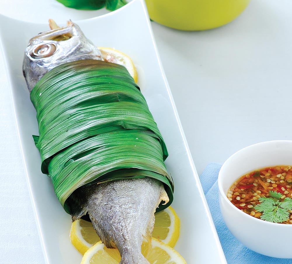 ปลาสำลีย่างใบเตย_สร้างสรรค์เมนูเพื่อสุขภาพได้ดั่งใจ ด้วยไมโครเวฟ แอลจี สปีด โอเวน พลัส