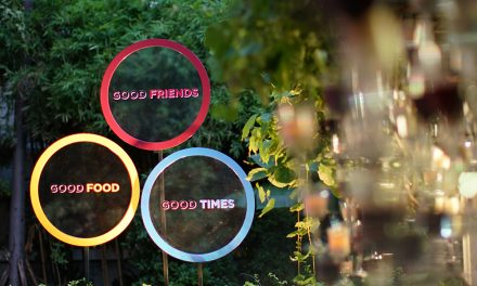 Wine Moment : Good Food, Good Friends and Good Times