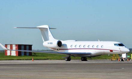 Fake Jet: ธุรกิจทำเงินแบบใหม่ในรัสเซีย สำหรับคอเซลฟีโดยเฉพาะ