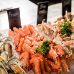 'Seafood Tower' ในไลฟ์สไตล์บุฟเฟ่ต์มื้อค่ำ
